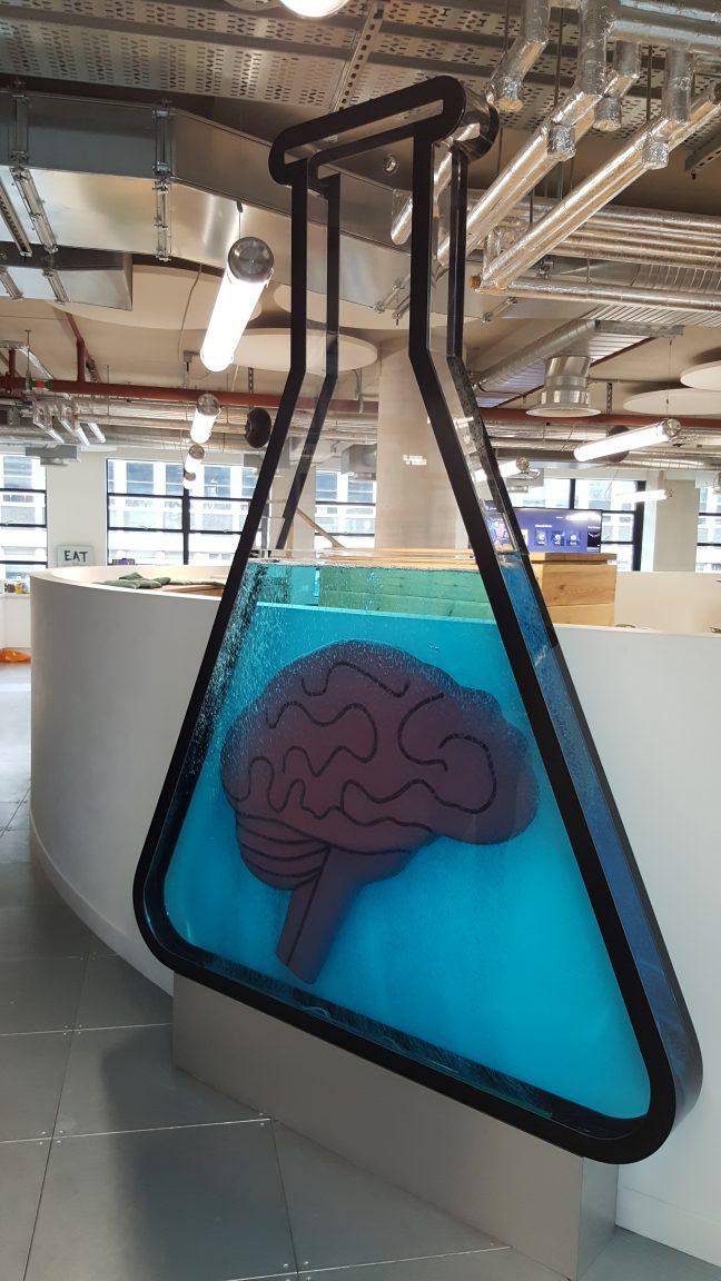 brainlabs flask tank